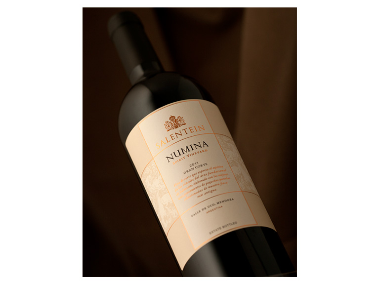 "BODEGAS SALENTEIN / ""SALENTEIN NUMINA"" Malbec / Packaging Design"
